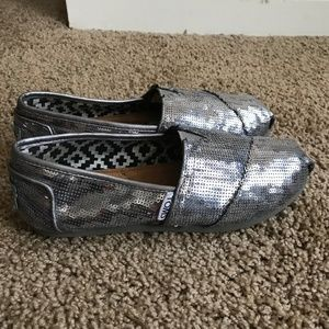 Toms Women's Slip on Shoes- Size W 5